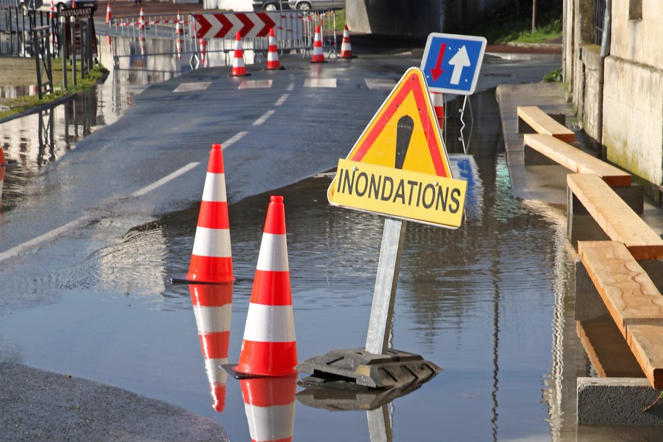 conseils_et_prevention_-_reagir_en_cas_devenements_climatiques_-_inondations_-_article.jpg